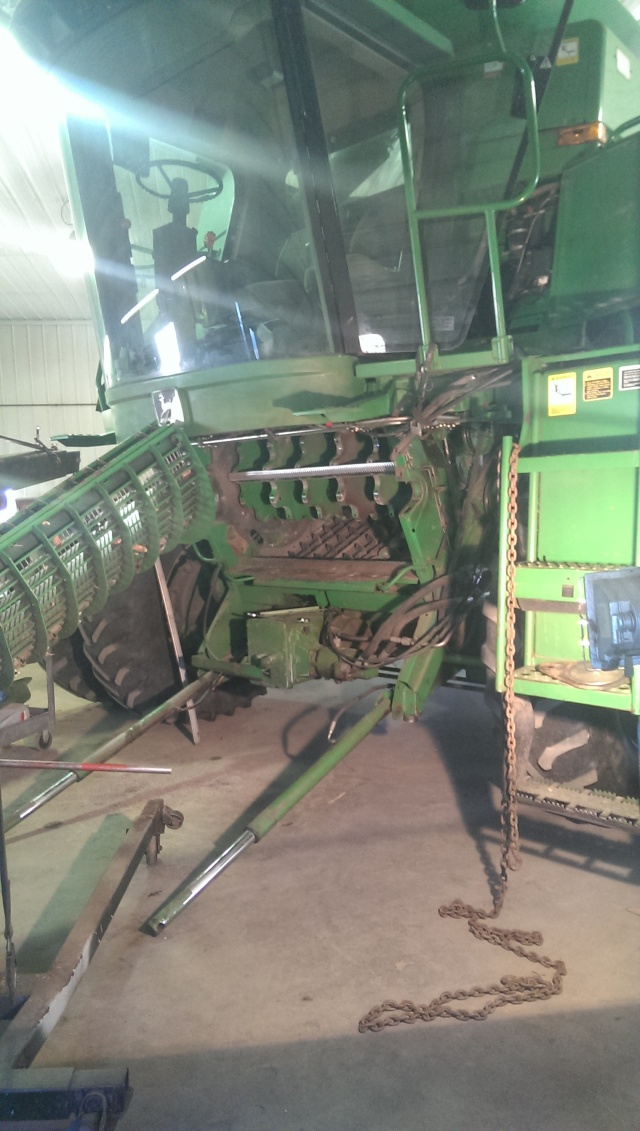 john deere 9500 with concave removed