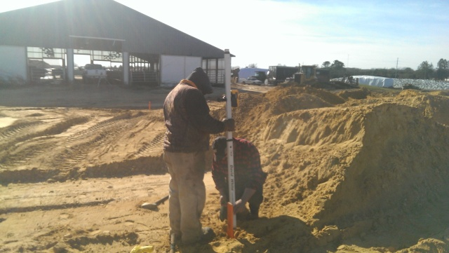 setting grade stakes