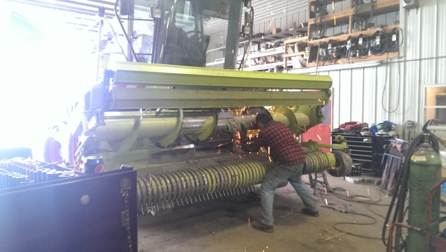 working on claas 900 chopper